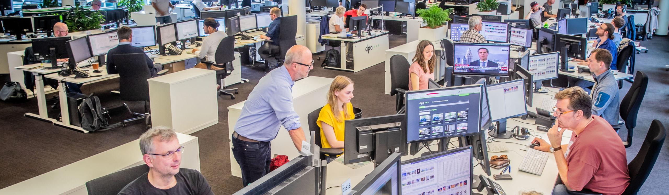 Der Visual Desk im Newsroom der Deutschen Presse-Agentur GmbH 2019